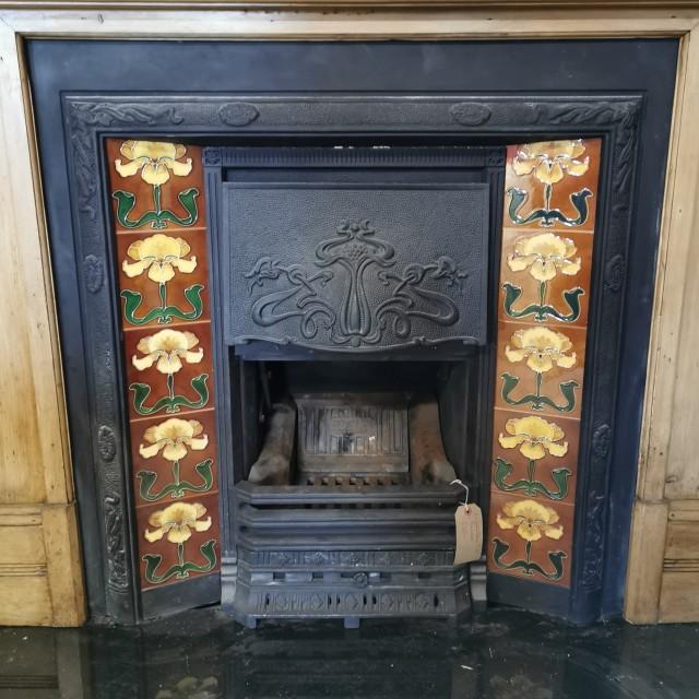 Edwardian Style Tiled Fire Insert Inserts