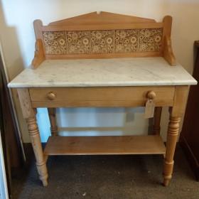 Tiled Wash Stand Bedroom Furniture