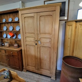"""7ft4"""" Tall Waxed Pine Double Wardrobe Bedroom Furniture"""