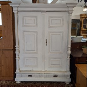 White Painted Wardrobe Bedroom Furniture