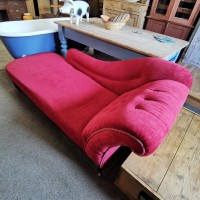 Antique Chaise Longue Upholstered Chairs