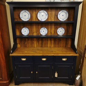 Ex-Display Irish Dresser Bargains