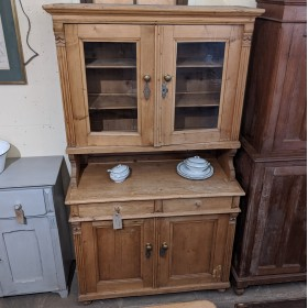 Rustic Pine Dresser Sideboards and Dressers