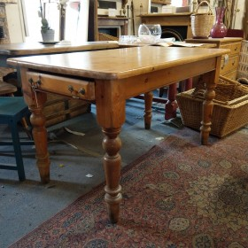 Pine Dining Table Tables