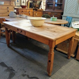"5ft6"" Pine Dining Table Tables"
