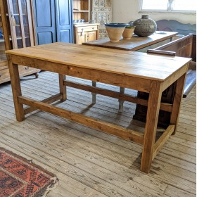 Reclaimed Pine Island/Table Tables and Islands