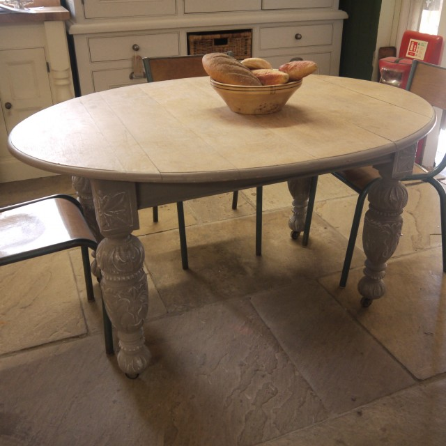 Oval Table Tables
