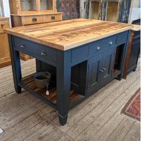 Bespoke Kitchen Island Tables and Islands