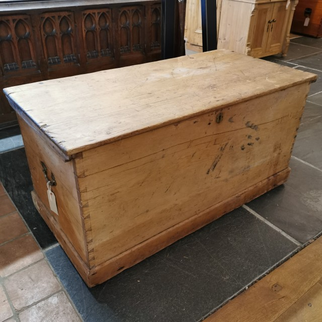 Pine Chest Trunks, Chests and all the rest