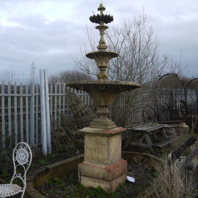 Versailles Fountain Fountains