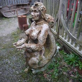 Mermaid Sculpture Oddities