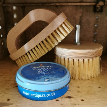 Brushes, Wax & Undercoats